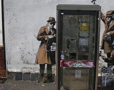 Surveillance forces journalists to think and act like spies
