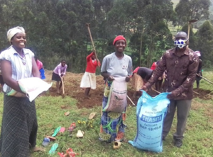 Rubanda, Kabale teenage girls receive agricultural inputs as they seek financial independence