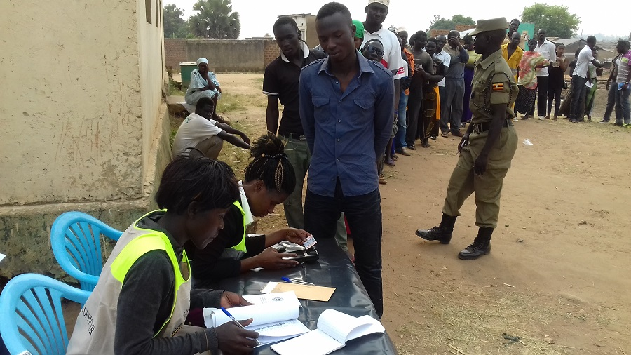 Voters-line-up-in-Arua