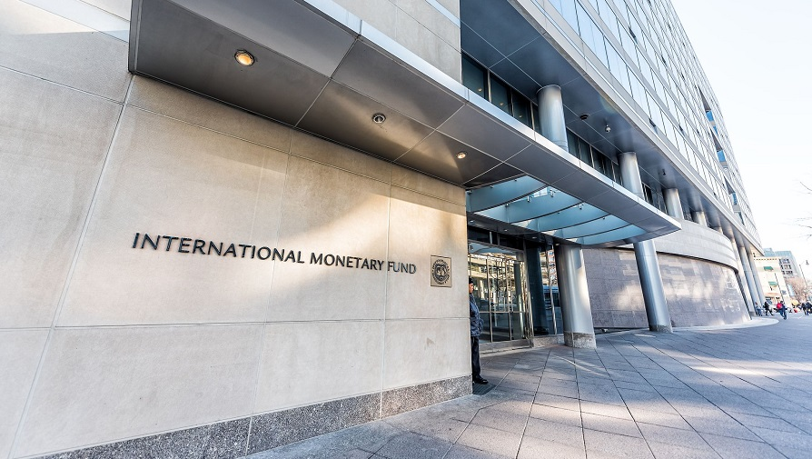 imf-entrance-with-sign-of-international-monetary-fund--concrete-architecture-building-wall-security-guard-doors-941515476-4daf802014f94722b34c54bde70133e5